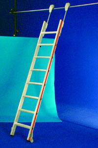 Chelle de rayonnage certifies aux normes prix chafaudages - Echelle coulissante pour bibliotheque ...