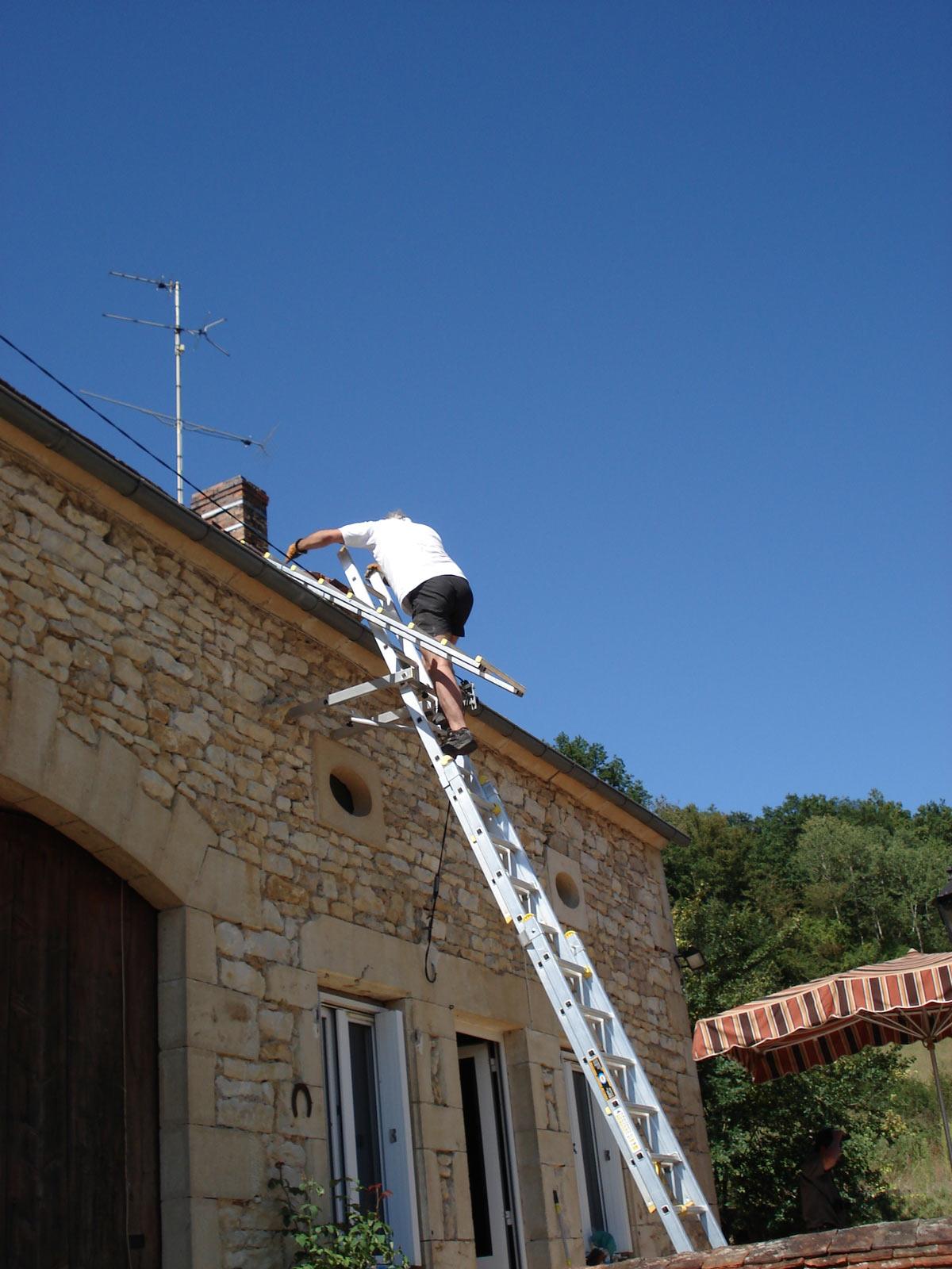 Photo 7 chelle de toit chelle de couvreur chelle de - Echelle de couvreur ...
