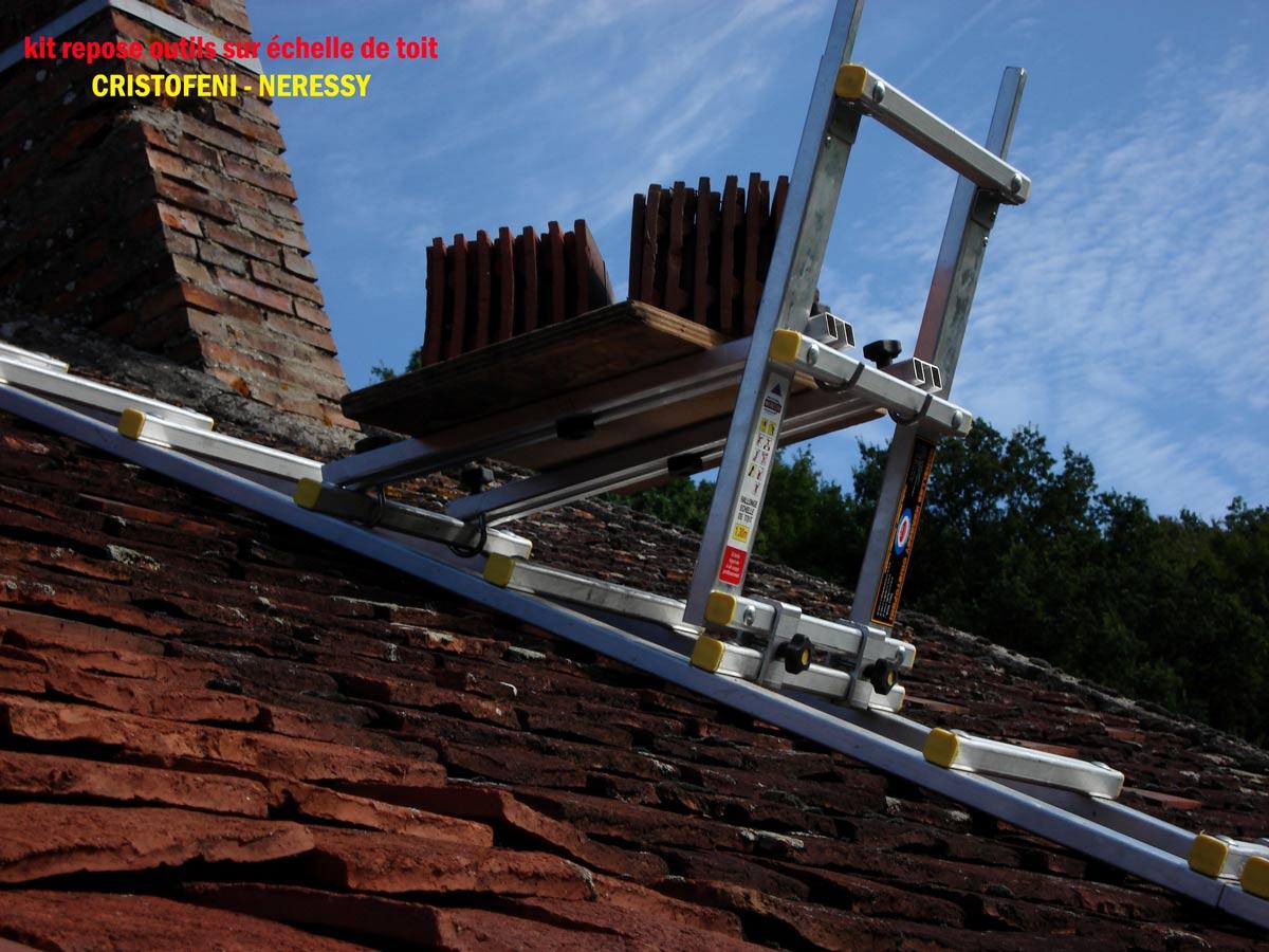 Page n 15 de la galerie des photos du kit repose outils en vue de pr s sur une echelle de toit - Location echelle de toit ...